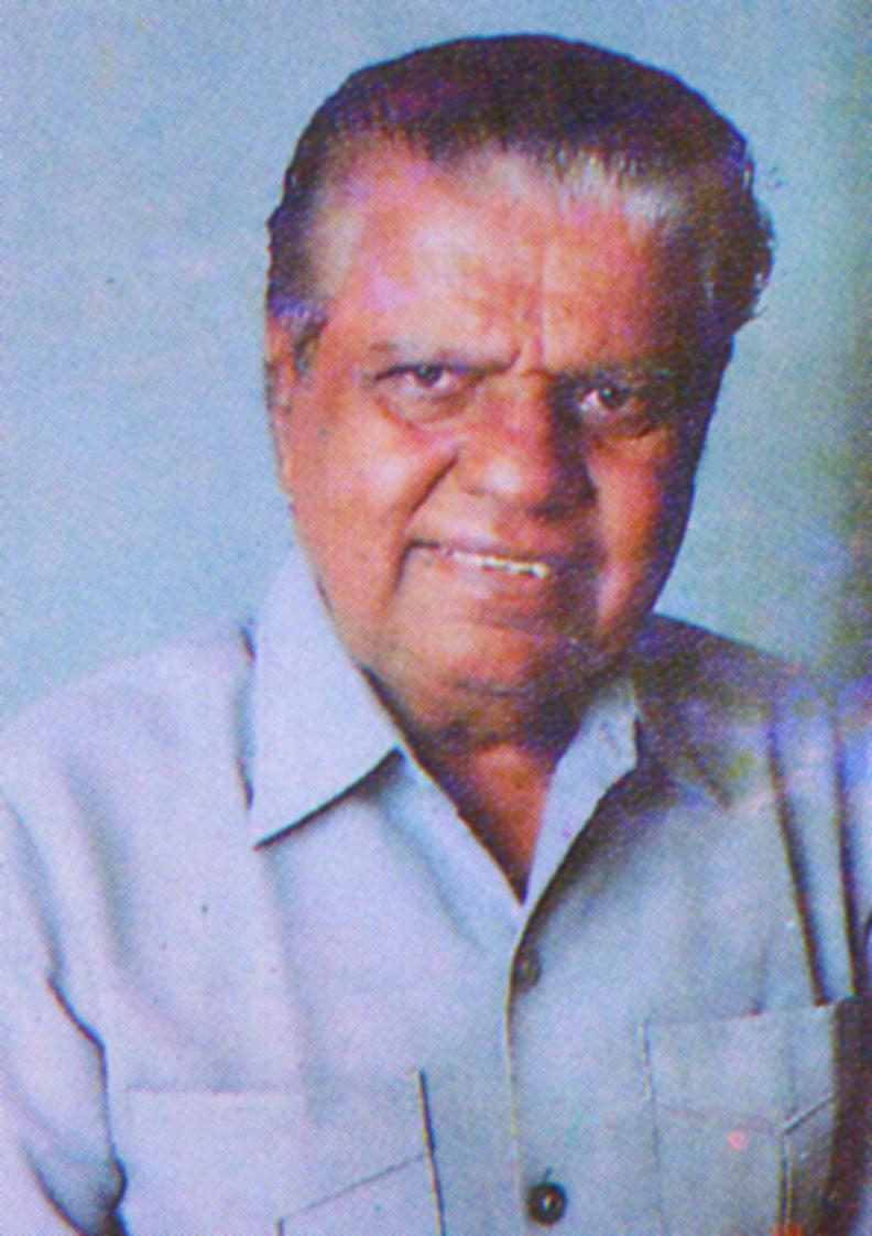 8. Karmaveer Adv. Vitthalrao Hande